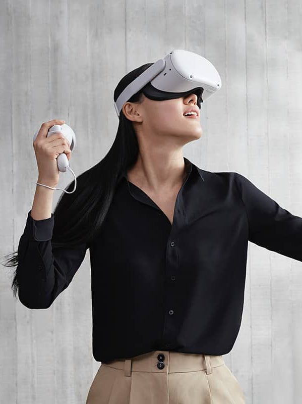 Oculus Quest 2020 virtual reality headset